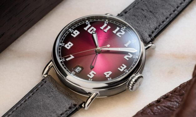 """H. Moser & Cie. Heritage Dual Time """"Burgundy"""" ⋆ Watch Test"""