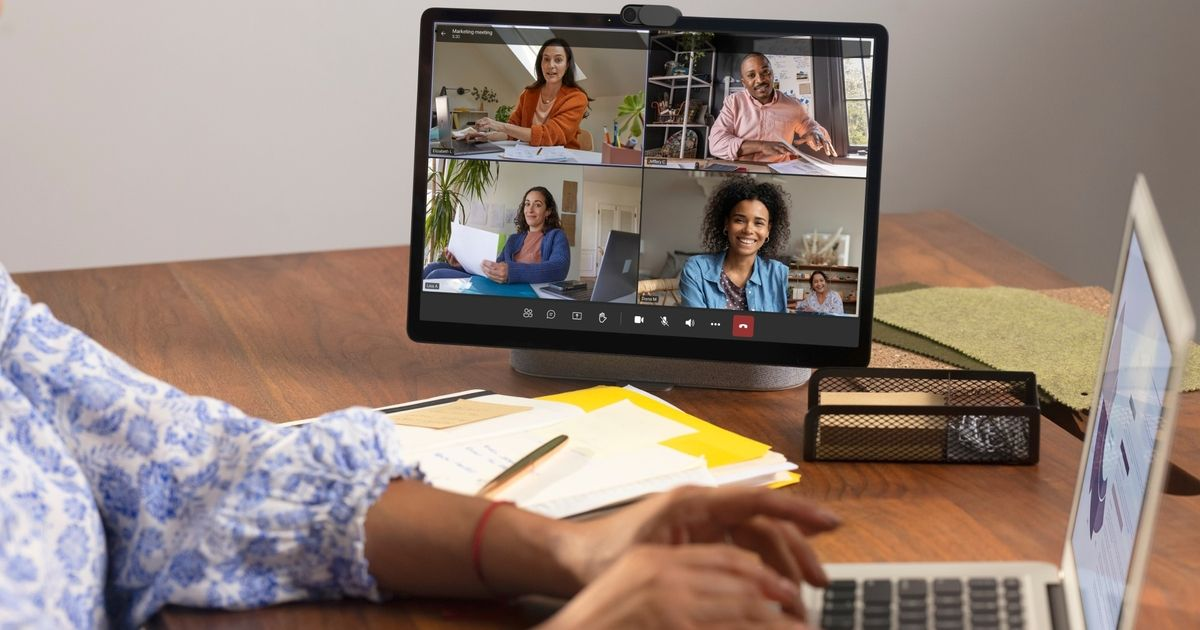 Facebook renews its Portal range, with teleworkers in mind
